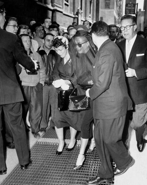 Joan Crawford at the funeral of her husband Alfred Steele, 1959