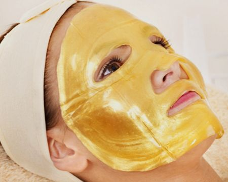 Limpieza Facial Profunda Con Máscara De Oro Para Reafirmar Y Reforzar La Barrera De La Piel A Solo $13.000