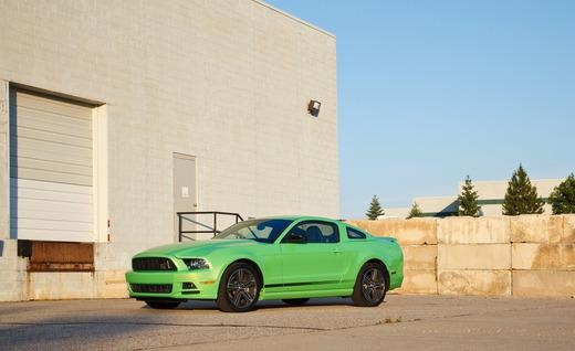 2013 Ford Mustang V-6 Premium: Ford's updated V-6 pony has us seeing green
