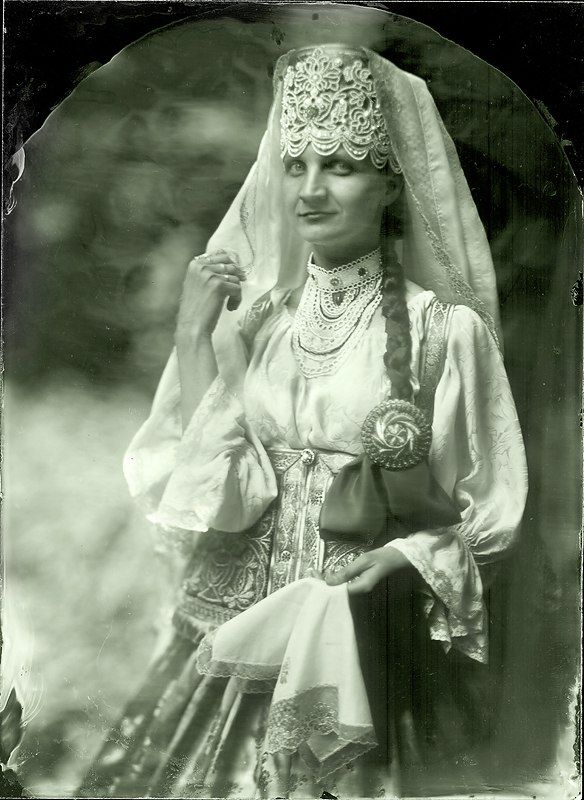 The costume of a prosperous peasant from Gorbatovsk District