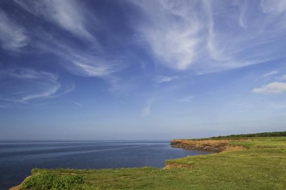 Magestic horizon line at Cavendish Beach -- only in PEI by Javier