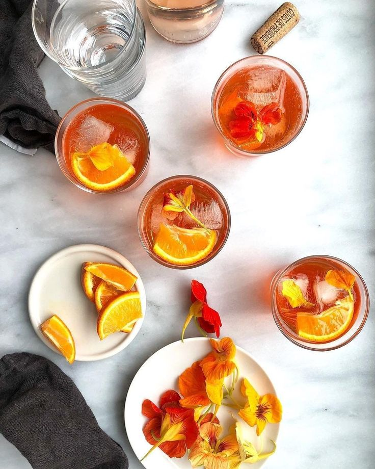 Have an afternoon aperol spritz with a twist! 🍹 Via our culinary director @to…