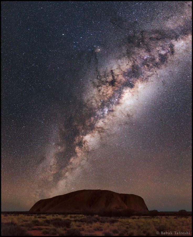La Voie lactée sur Uluru                                                       …