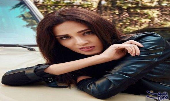 مروة طلعت سعيدة بعد حصولها على ميس إيجيبت 2017 أكدت مروة طلعت ملكة جمال مصر لعام 2017 أن ها تحلم بالأفضل في العام الجديد Leather Jacket Fashion Leather