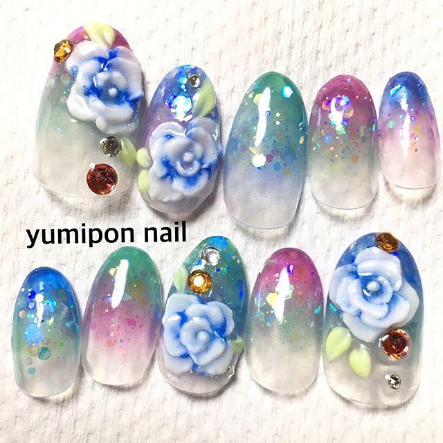 オーダーチップ♡ #nailart #nails #nail #nailstagram ##成人式ネイル #3dネイル #ジェル #セルフネイル #セルフネイル部 #アクリルネイル #スカルプネイル #スカルプ #ホロ  アクリルは透明感、奥行きがあって好きだなー♡ ジェルもいいけど、アクリルもやっぱりすき💞👌