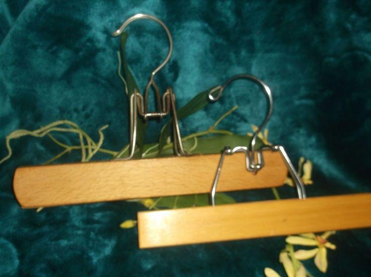 $6.99 OR BEST OFFER Wooden Lot of 2 Vintage Pants Skirt Hangers Metal Clamp Felt