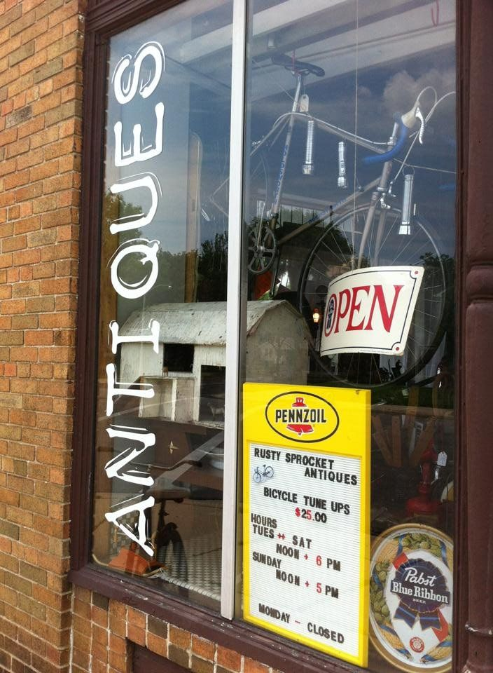 14 best images about antique stores in and around for Craft stores in milwaukee