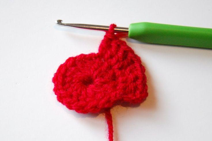 Poppy Crochet Pattern #crochet #pattern #poppy