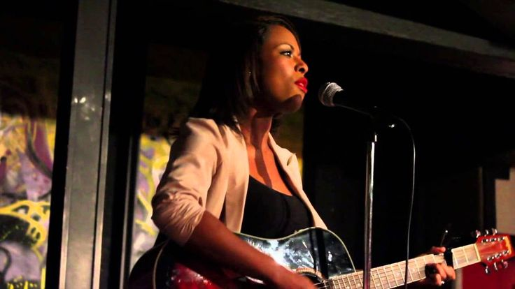 Kristal Cherelle Live Performance at Red Cat Jazz Cafe #ElevationMagazine #NightClubs #KristalCherelle #RedCatJazzCafe