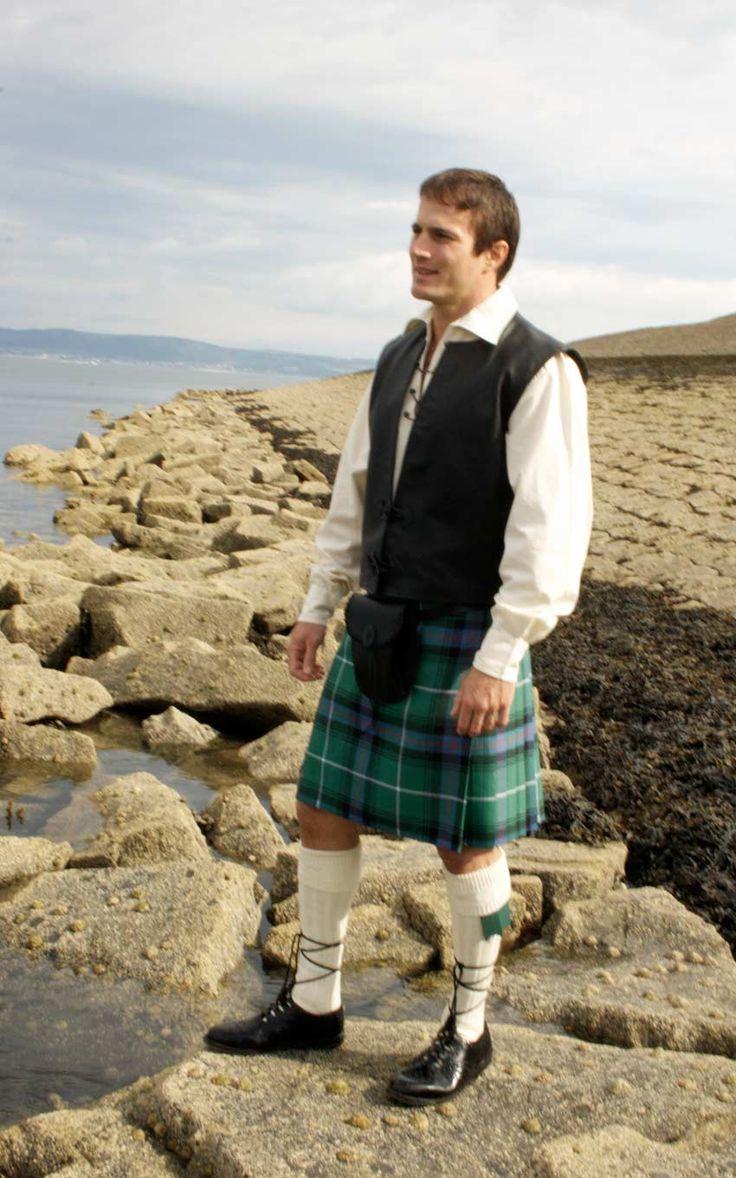 Essential Scotweb Jacobite Kilt Outfit