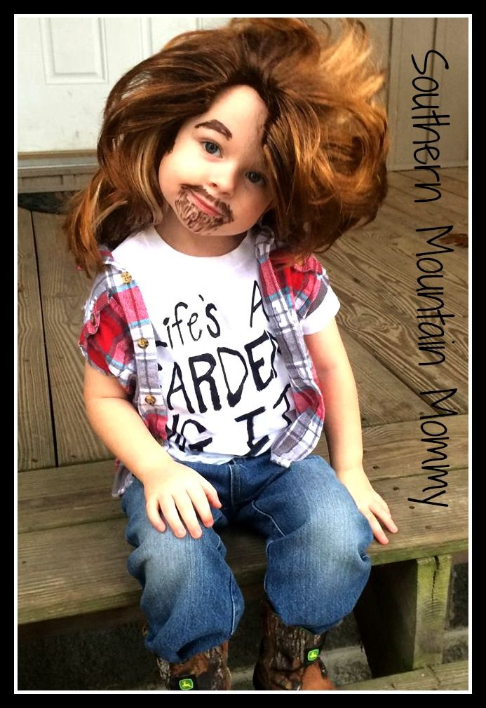 http://www.southernmountainmommy.com/halloween-2015/ Halloween Joe Dirt. Joe Dirt. Halloween Costume.