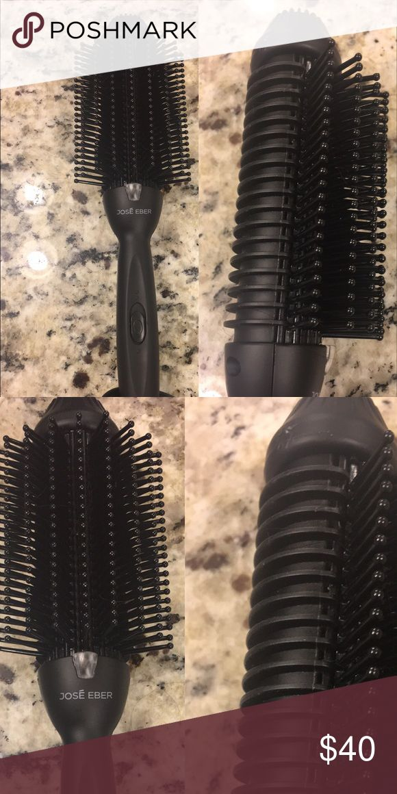 Jose Eber 4 - 1 volumnizing hot brush Used once great item just never use it Jose Eber Other