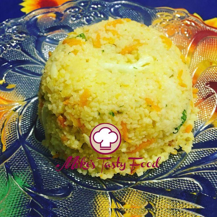 Cuscus alle verdure e curry – Mike's Tasty Food Ingredienti: Cuscus300 grammi10 ½ oz. Acqua1 l.33 us fl oz Zucchine 45 grammi1 ½ oz. Pomodori45 grammi1 ½ oz. Carote45 grammi1 ½ oz. Cavolfiori45 grammi1 ½ oz. Curry1 cucchiaino Olio d'oliva quanto basta Sale, pepequanto basta Preparazione: •Portare ad ebbolizione l'acqua, sale e un cucchiaio di olio d'oliva. •Aggiungere il cuscus e mescolare per 1 minuto e coprire per 5 minuti. •Tagliare a julienne zucchine e…