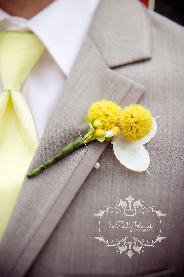 Grey suit, Lemon Yellow Tie, Bright Yellow Flowers. Wedding.