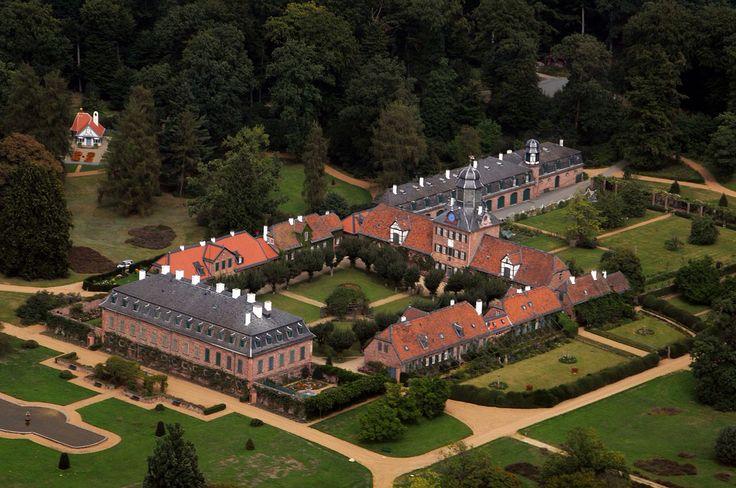 """Schloss Wolfgarten.    """"AL"""""""