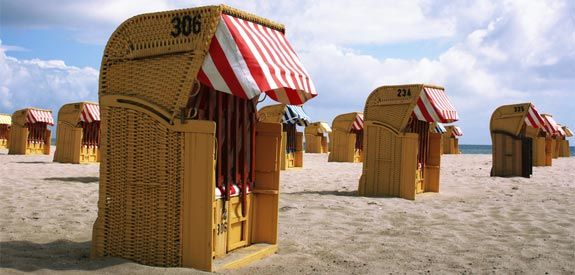 http://cdn.moneycrashers.com/wp-content/uploads/2011/05/baltic-sea-beach-chairs.jpg