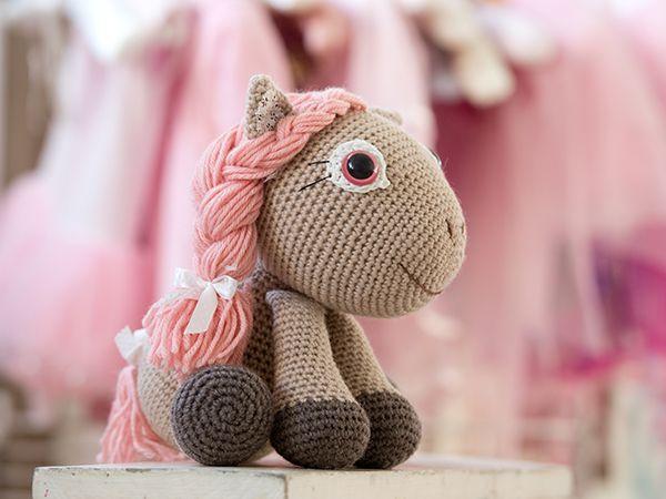 Amigurumi Doll Book : Crochet pattern hobbit amigurumi for lord rings fan crochet