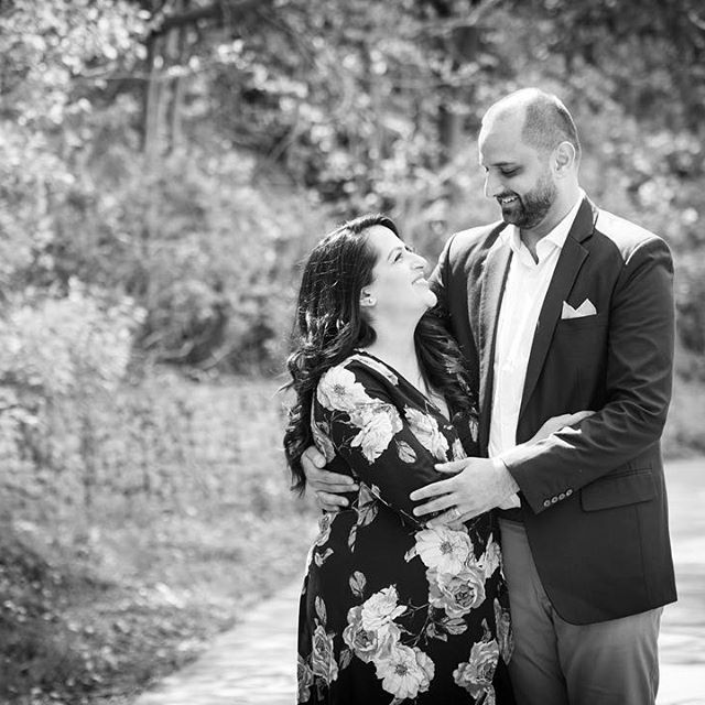 It's true when they say that life is better when you're laughing...✨❤️ • • • • #love #smiles #happycouple #stunningcouple #stunningmomoftwo #fun #relaxed #ingoodhands #unconditionallove #family #instagood #mood #instamood #nikonphotographer #picoftheday #beautiful #potd #instalike #toronto #photographer