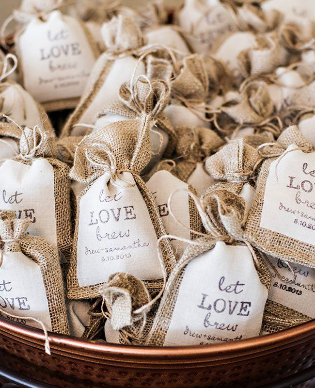Coffee wedding favors in burlap bags - perfect combo of Washington and Tennessee!