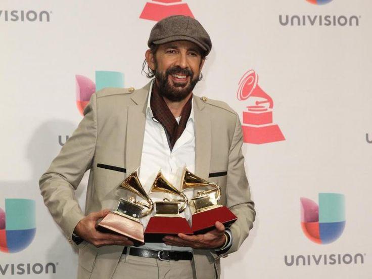 """El cantautor dominicano Juan Luis Guerra se llevó el Grammy Latino a Mejor Álbum del Año por """"Todo Tiene Su Hora"""". AFP"""