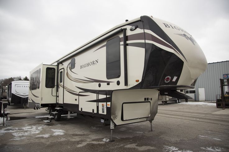 "HOLY FIFTH WHEEL BATMAN!!!   2017 Heartland Bighorn 3890SS  If you like to spend time in the great outdoors but also don't want to give up luxury, this is a perfect choice. This 5th wheel offers tons of standard features and has a host of options you can add in! At 41' 5"" long, you'll have plenty of room to move around! The dry weight is 13,497 lbs.   Give our Bighorn expert John Sobczak a call 231-903-6220 for pricing and more information."