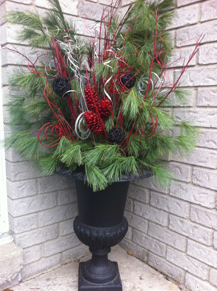 Christmas Decorating Ideas For Outdoor Urns : Best images about christmas urns on window