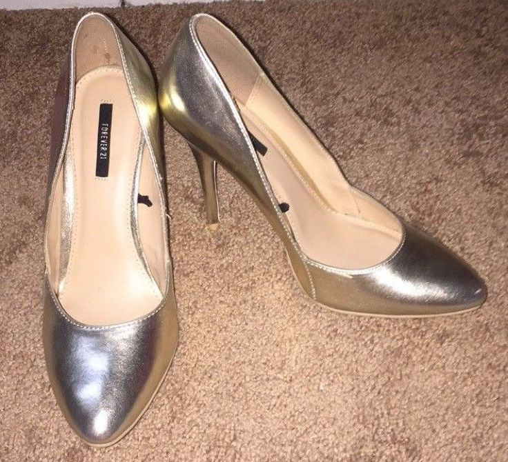 Women's Metallic Gold Pumps size 7 #FOREVER21 #PumpsClassics