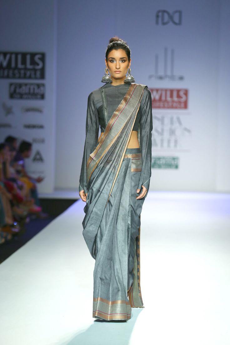 Arjun Saluja Autumn Winter 2014 at Wills Lifestyle India Fashion Week Delhi