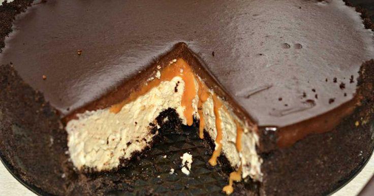 Cheesecake s čokoládovou polevou pro milovníky karamelu