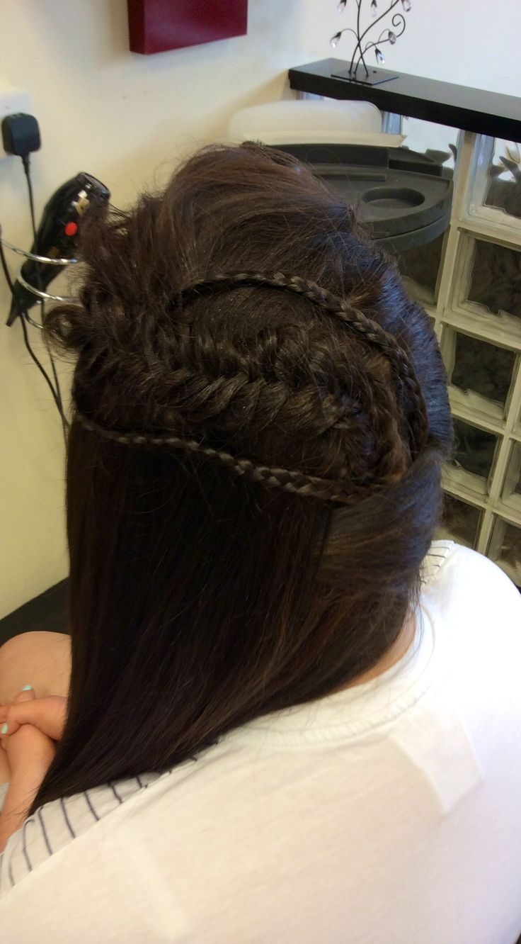 Two braids and fishtail to hold one side back