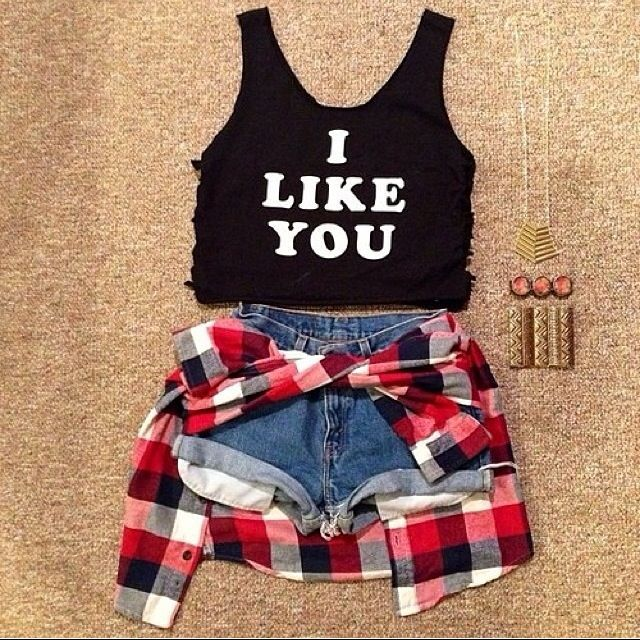 i like you crop top. grunge style outfit