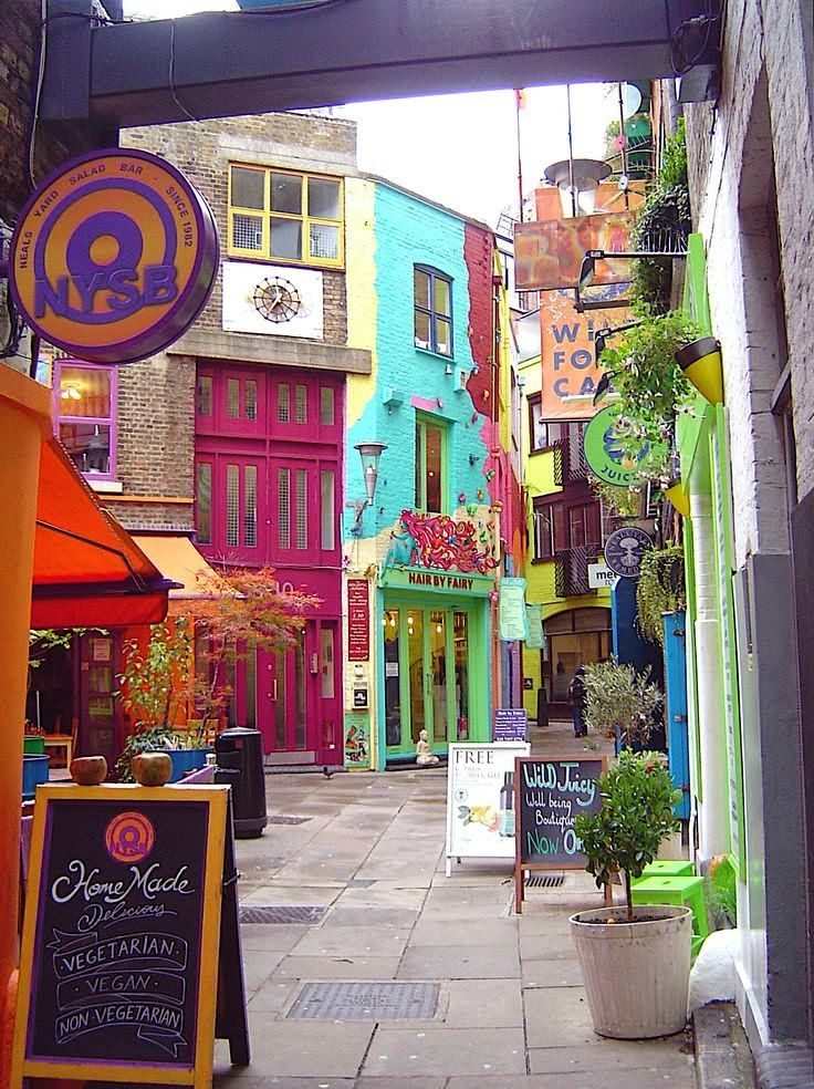 London, off the beaten path...Neal's Yard, Covent ...