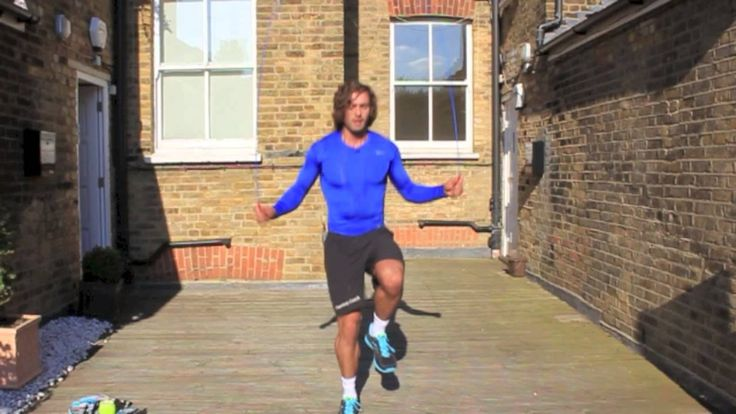 Try this awesome 15 Minute HIIT cardio workout. All you need is 15 minutes and a skipping rope!