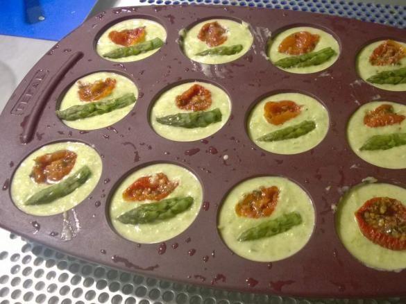 Bouchées asperges tomates confites