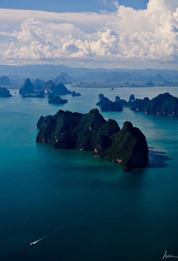 x-enial:  Phuket, Thailand by ArmRule