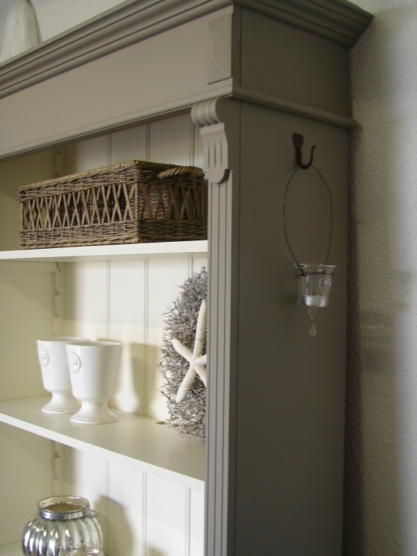 I like this look...color on the outside and white on the interior....USE SOFT GREY OUTSIDE ON THOSE 2 BOOKSHELF CABINETS IN DINNING RM.