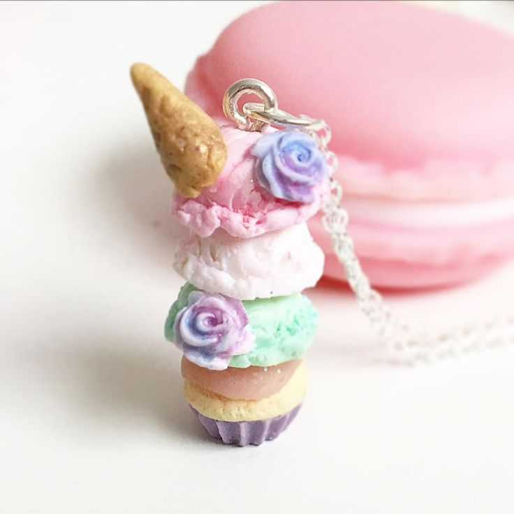 Here is a dango inspired ice cream on a cupcake charm with floral motif. I'm glad it now belongs to someone awesome. I hope you like it . #dango #claycharms #polymerclayjewelry #jewelry