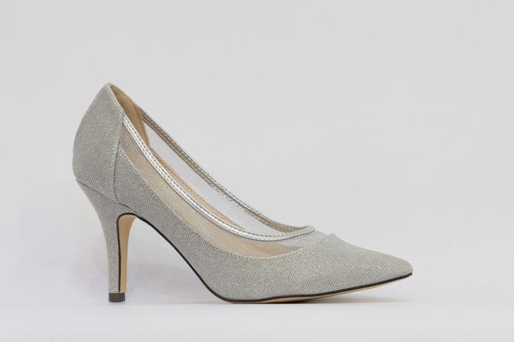 společenská večerní obuv, lodička ve stříbrné barvě, svršek látka, podpatek 7 cm, k dostání ve Střevíce a více,