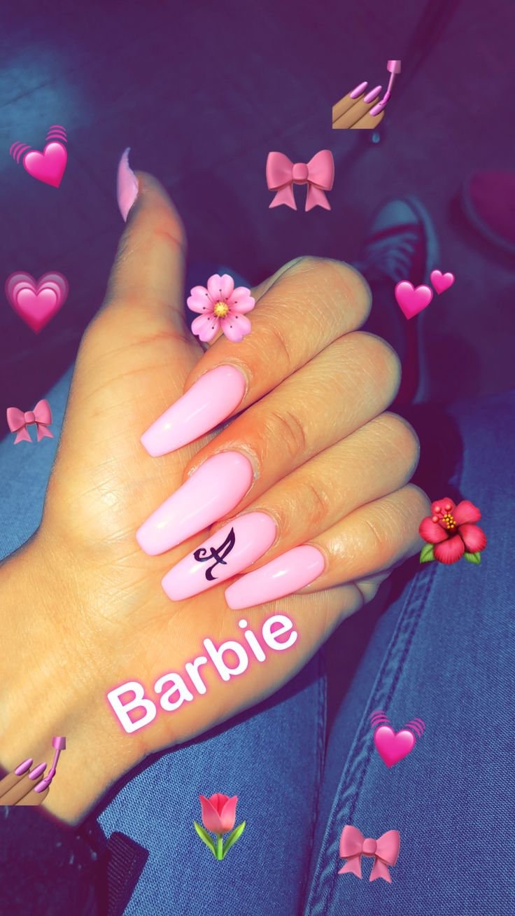 Nailinspo Barbie Pink Initial Nail Pinknails Pinterest Sanahnah In 2019 Gel Nails Coffin