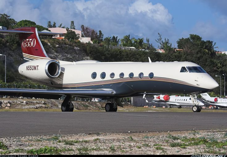 Gulfstream Aerospace G-V-SP Gulfstream G550 - Untitled | Aviation Photo #1493340 | Airliners.net