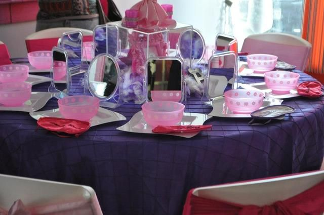 Table at a Spa Party #spa #partytable
