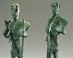 Statuetten zweier Hirten aus Sardinien, 8.-7. Jh. v. Chr - Statuette di due pastori della Sardegna, VIII-VII sec. a.C