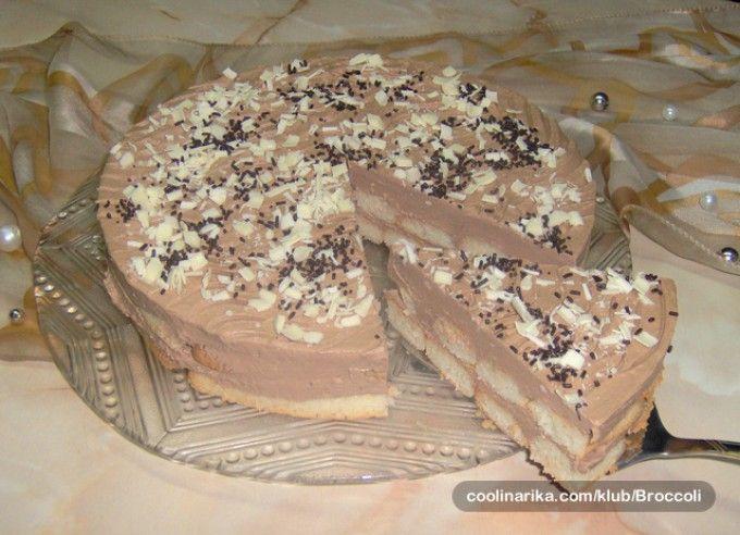 Nepečený čokoládový dort s piškoty