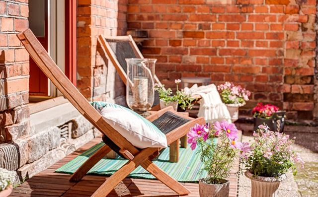 8 stylowych pomysłów jak urządzić balkon | Dom-wnetrze