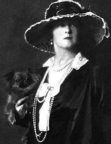 Lady Duff Gordon, a survivor of Titanic. Raised in Guelph, Ontario, Canada and went on to become a leading fashion designer.