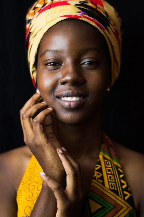 Rainha africana improvisada na Jamaica Foto de Justin Anantawan – National Geogra …   – Wowررووووووووووووووووو