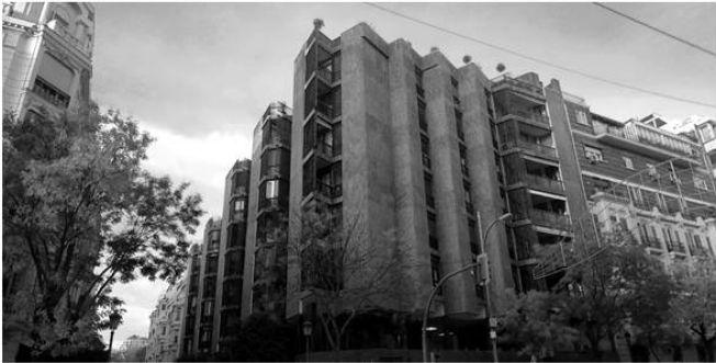 [VIVIENDA COLECTIVA] ARQUITECTOJose Antonio Coderch y Manuel Valls AÑO1966 LOCALIZACIÓNMadrid -portal -acceso viviendas -zona estar -zona dormir -terrazas -zona servicio PARA SABER MÁS –…