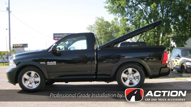 Ram 1500 with a LSX series fiberglass tonneau cover by A.R.E.