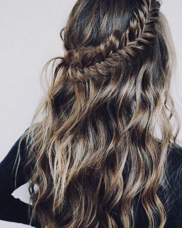 Braid half up half down hairstyle #halfuphalfdown #bohohairstyle #braids