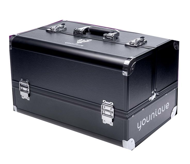 This is the amazing and coveted Younique makeup trunk! Seriously gorgeous! www.celtic-beauty.com